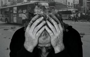 노인 10명중 4명이 빈곤···기초연금 인상 주장도 - 시사